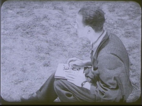 "Fig. 2: Cadru 2, subiect f. ""Expoziția lui Jules Perahim"" din ""Jurnalul sonor ONC nr. 13 / 1945"", film, 35 mm, a/n, Documentar, România, ANFR, 1945, Producător: ONC. Prin amabilitatea Cinematecii Române – Arhiva Naționale de Filme din România © 2013."